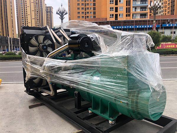 李先生订购1000kw上海乾能发电机组