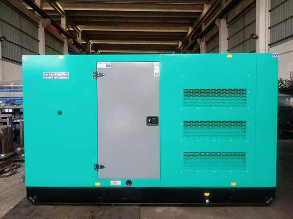 120KW康明斯静音箱式发电机组